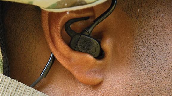 نظام حماية السمع الجديد  S10 للجنود البريطانيين  Invisio-2